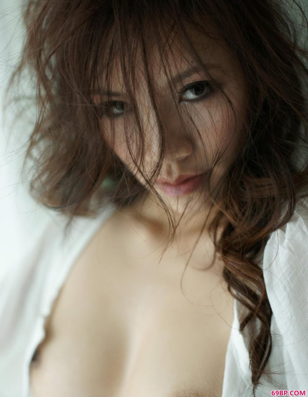 长头发魅力美模紫依4_337p日本欧美免费