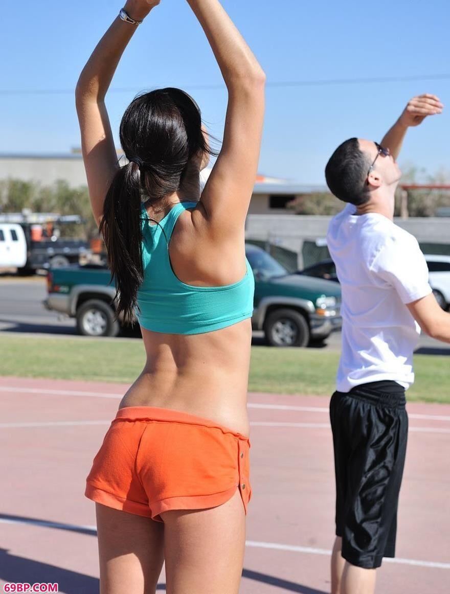 喜欢打篮球的人体美媚2