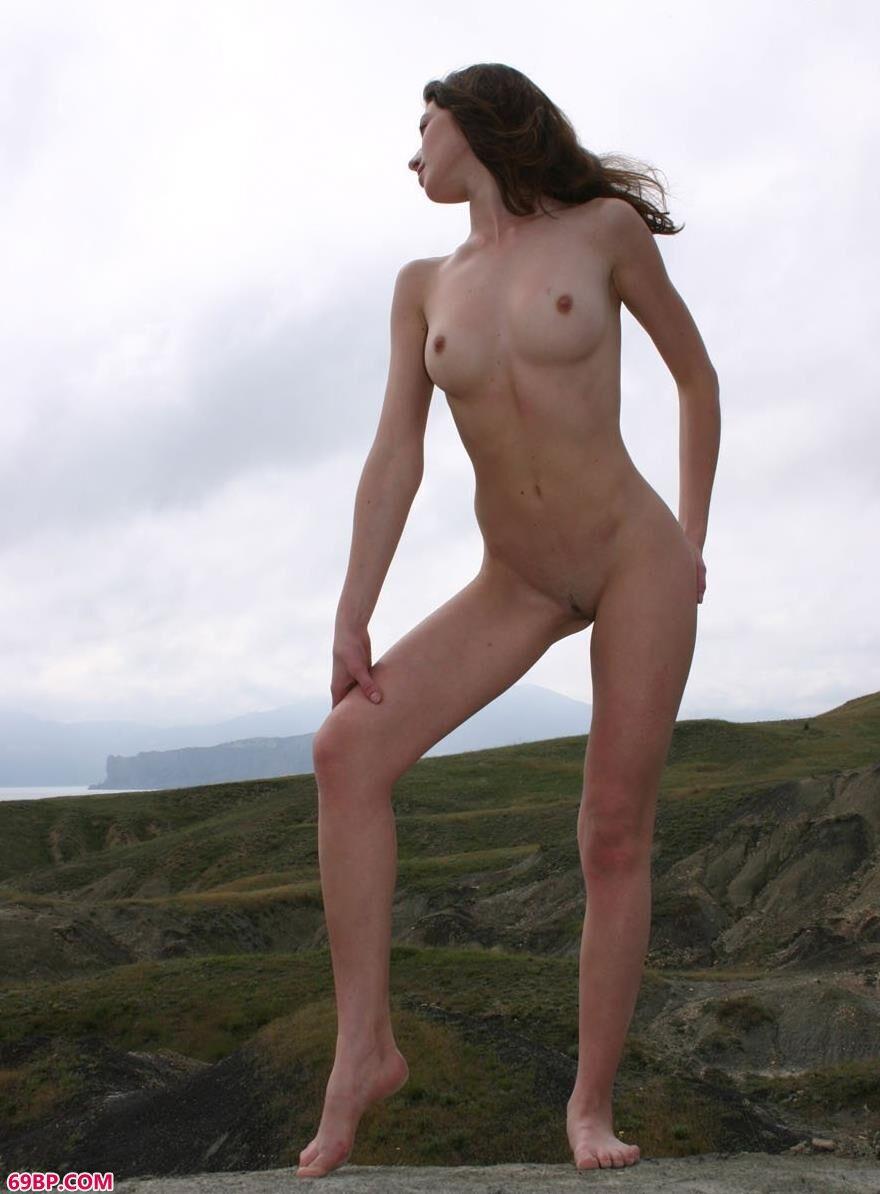 山丘上的乌克兰美人4