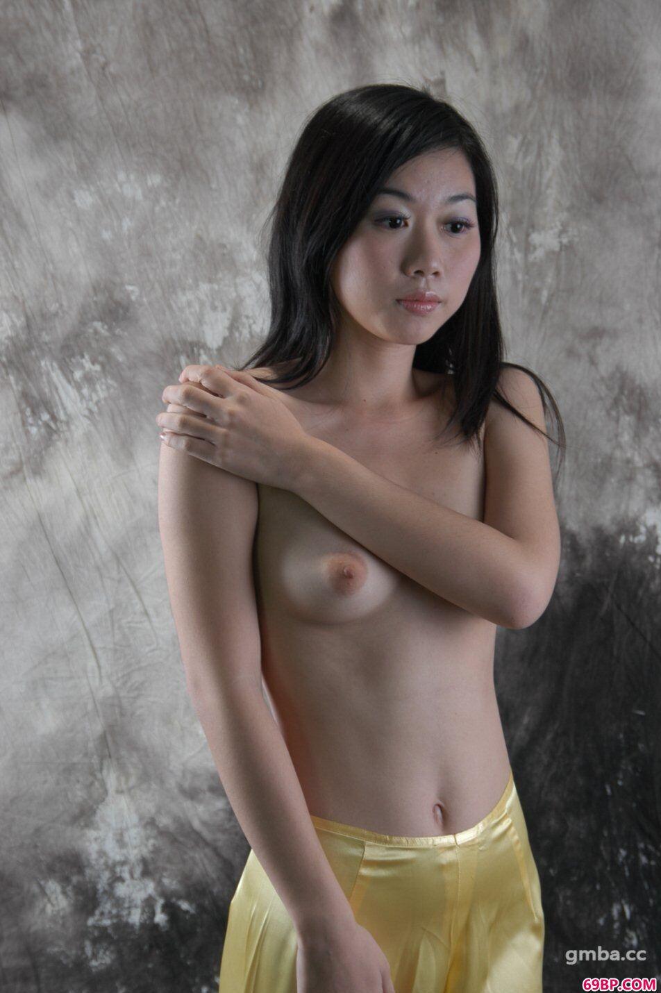 国模梁颖思(曲奇)棚拍舞狮灯笼裤人体写真